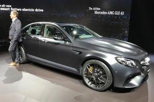 Zbulohet çmimi i Mercedesit fantastik AMG E63 super sportiv [foto]