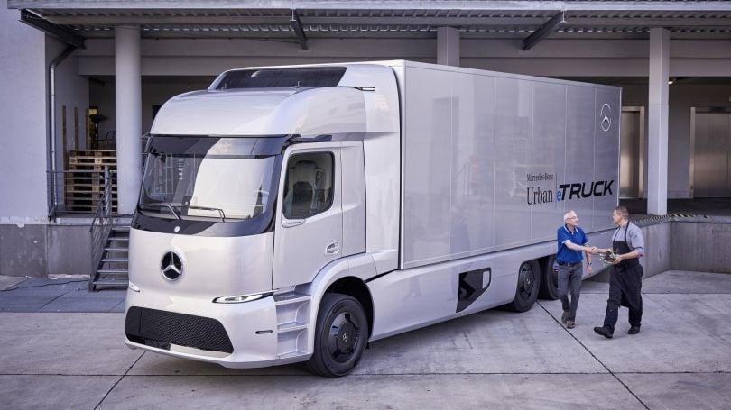 """Kamioni i ri elektrik i Mercedesit sivjet """"pushton"""" Evropën"""