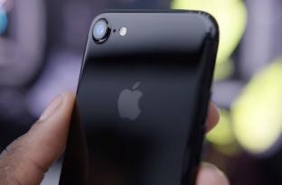 Samsungu i shet ekrane kompanisë Apple për iPhone 8