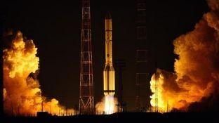 India në një mision lançoi 104 satelitë