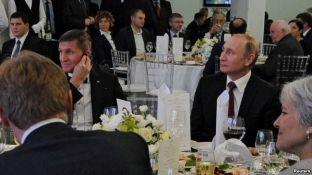 """Rusia sheh """"rusofobi"""" pas rënies së Flynnit"""