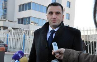 Serbët e Kosovës mbështesin Vuçiqin për president të Serbisë