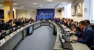 Qeveria miraton vendimin për reciprocitet në tabela, me KS edhe pesë vjet