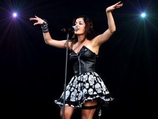 Bebe Rexha pjesë e koncertit kundër ndalimit të imigrimit më 3 prill
