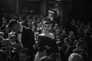 Aktorja Arta Dobroshi, në fokusin e fotografes së Guardian në BAFTA