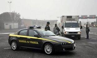 Policia lejon hyrjen e 8 tonëve kanabis për të zbuluar rrjetin maqedonas