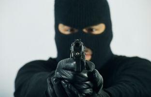 Dhjetëra grabitje të armatosura dhe me maska në Maqedoni