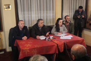 """Dy kuvende thellojnë përçarjet brenda """"Agimit"""" në Prizren"""
