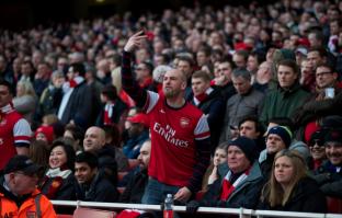 Revoltohen tifozët e Arsenalit, kthejnë biletat për ndeshjen e kthimit ndaj Bayernit