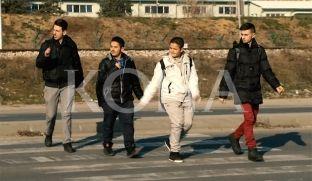 """Nxënësit e """"Hoxhë Kadri Prishtinës"""", të rrezikuar nga rruga 6 shiritëshe [video]"""
