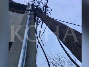 """Shtylla elektrike iu bie mbi shtëpi, banorët në """"Veternik"""" në alarm [video]"""