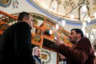 Ahmeti i pakënaqur me punimet në Xhaminë e Çarshisë në Prishtinë