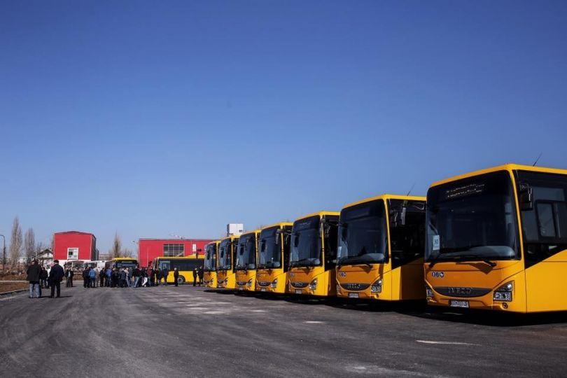 Për nder të Pavarësisë Ahmeti nesër lëshon autobusët në qarkullim [foto]