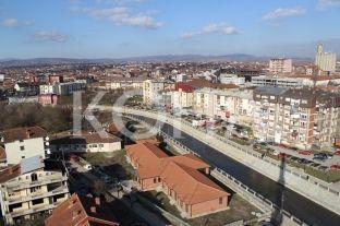 PDK e Podujevës akuzon udhëheqjen komunale për gjendjen në arsim