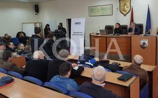 Komuna e Ferizajt cenon bashkëpronësinë në objekte kolektive