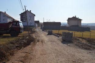 Fillon rregullimi i rrugëve në Bellanicë të Malishevës