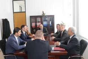 Kuçi i premton Lladrovcit finalizim të projekteve të planifikuara nga Qeveria për këtë vit